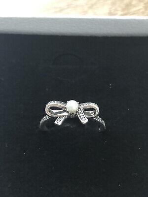 Pandora Pearl bow ring