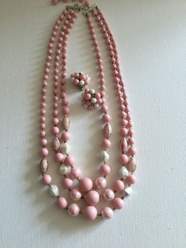 VINTAGE JAPAN PINK MULTI STRAND LUCITE BEAD NECKLACE CLIP EARRINGS