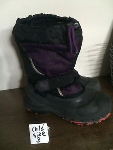Winter boots child size 3