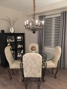Dining room table and 4 chairs for sale!