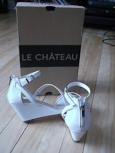 Le Chateau White trendy shoes