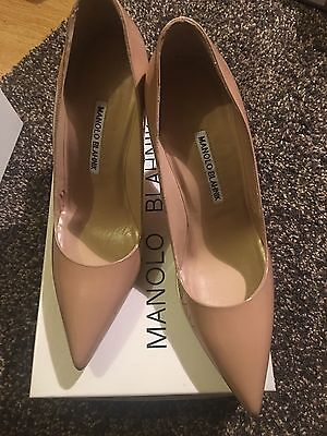 NIB Manolo Blahnik Auth BB 105mm Nude Beige Patent Leather Pointed Pumps, 38.5
