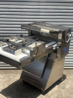 Lvo Sheetermoulder Model Sm24 Moulding Carriage Curling Chains Bakery Equipment