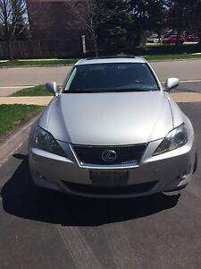 ***REDUCED PRICE**  ***2007 Silver Lexus IS250