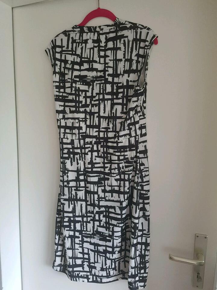 Damen Esprit Kleid Gr.L Schwarz/ Weiß,  Neu in Hamburg