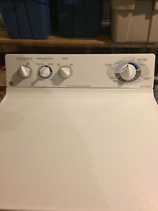 Excellent condition GE washer/dryer set