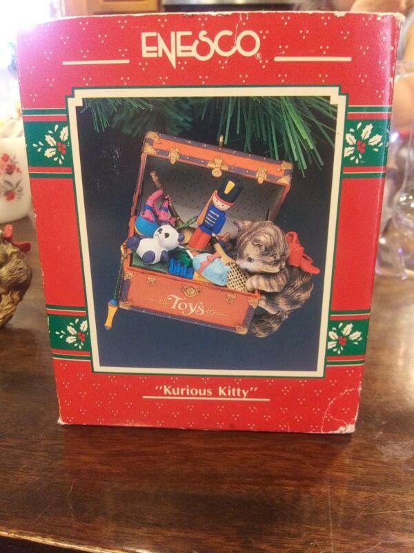 1991 Enesco Treasury Kurious Kitty Ornament