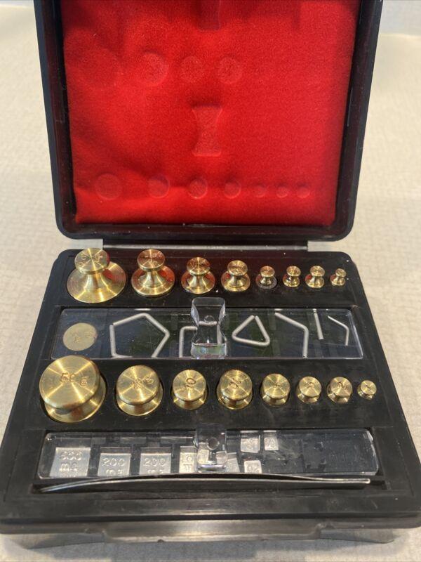 Vintage Troemner Brass Weights Incomplete Set In Original Black Case Ships Free