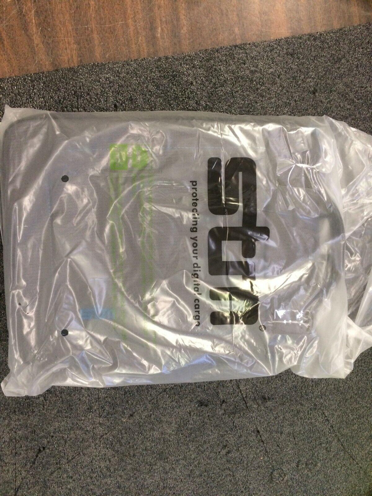 STM Bags DP-2139-3 Jacket iPad Black Teal NEW OPEN BOX