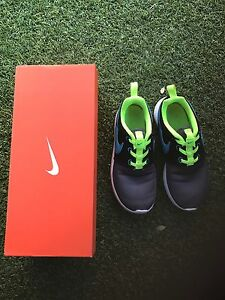 Kids Nike Runners size 1 Baulkham Hills The Hills District Preview