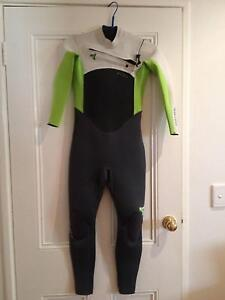 WETSUIT FOR 10 to 13 YEAR OLD ONLY WORN TWICE Mosman Park Cottesloe Area Preview