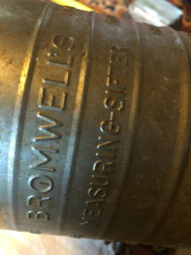 Vintage Bromwell's Measuring Flour Sifter 5 Cup - Wooden Knob Crank