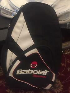 BABOLAT TENNIS RAQUET COVER AND TENNIS BAG Mount Pleasant Melville Area Preview