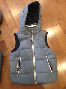 H&M Boys puffer vests