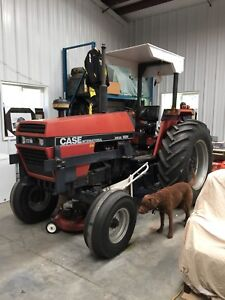 Case IH 1494 Tractor