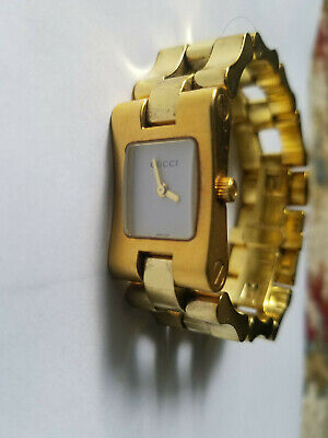 Gucci Ladies Watch 2305L-Vintage Wit Normal Wear/Tear-Swiss in Fair to Good Cond