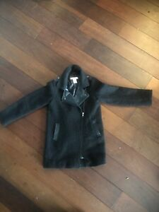 Manteau noir fillette Joe Fresh 6-7 ans