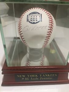 NY Yankees Andy Pettitte Signed Baseball