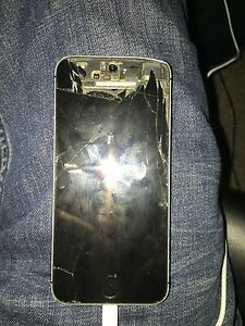 iPhone 5s with parts phone