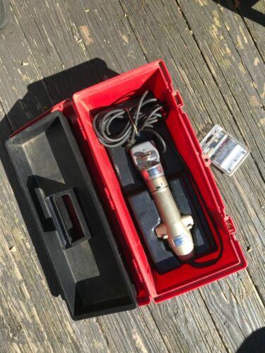 Oster Steward Clipmaster with 510A head New blades storage box