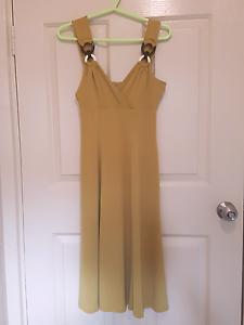 Dress size 8 Huntfield Heights Morphett Vale Area Preview
