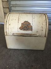 Old bread tin in original condition Shearwater Latrobe Area Preview