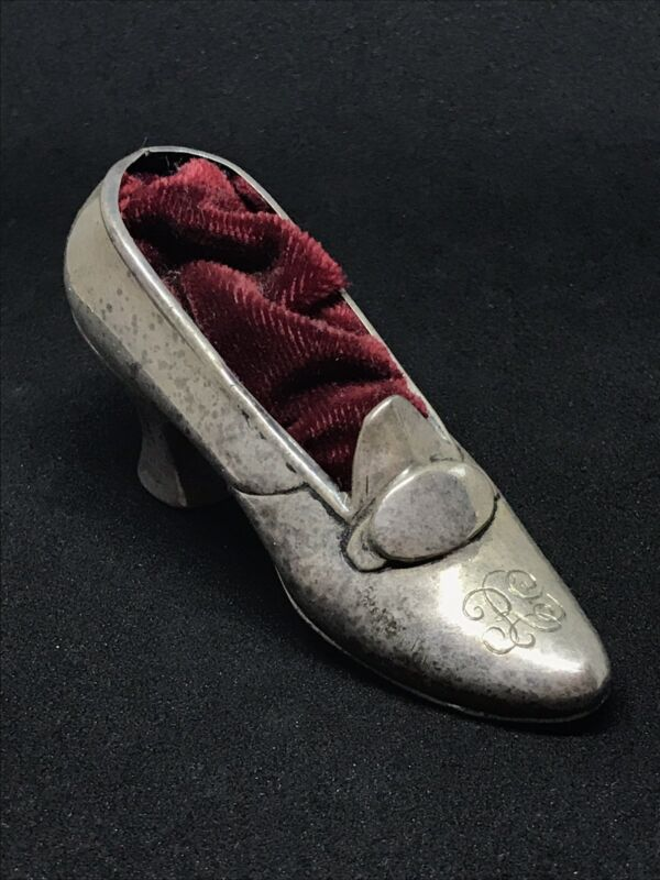 ANTIQUE STERLING SILVER GORHAM LADIES SHOE PIN CUSHION .