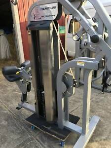 Gym equipment package, commercial - Nautilus (10 pieces or less )