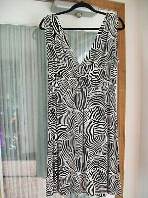 ANN TAYLOR LOFT Women's M 8 10 Print Stretch Knit Dress Black Ivory Sleeveless