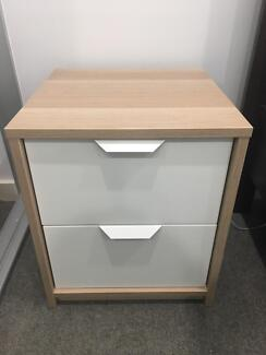 2X Chest of 2 drawers