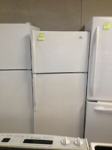 Whirlpool fridge 28""