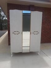 2 door wardrobe with mirror Bendigo Bendigo City Preview