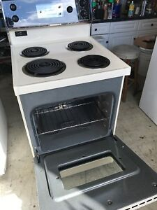 Apartment size narrow Kenmore stove