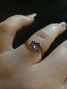 9ct gold and amythest ring Greenfields Mandurah Area Preview