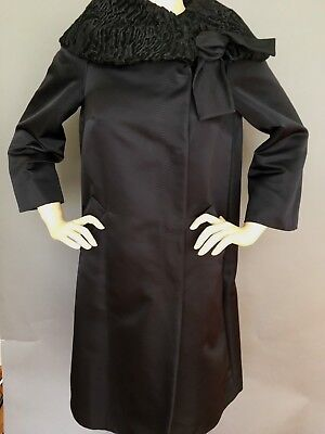 New Authentic Max Mara Exquisite Black Coat Atelier Collection, Size 6, $3990.00 Mara Collection