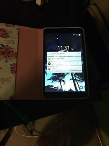 Samsung Galaxy Tab 4 with case + wireless keyboard