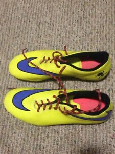 Nike Soccer Cletes