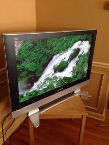 Panasonic high definition 1080p 42inch flat screen