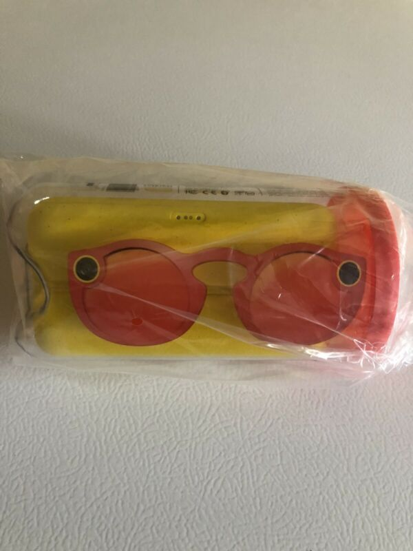 Snapchat Spectacles Glasses V1 Coral UNOPENED