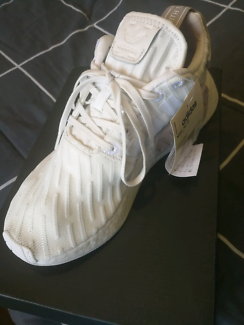 Adidas NMD_R2 W sz8.5wmns