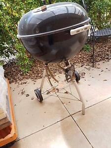 Webber kettle bbq with genuine gas conversion kit Irymple Mildura City Preview