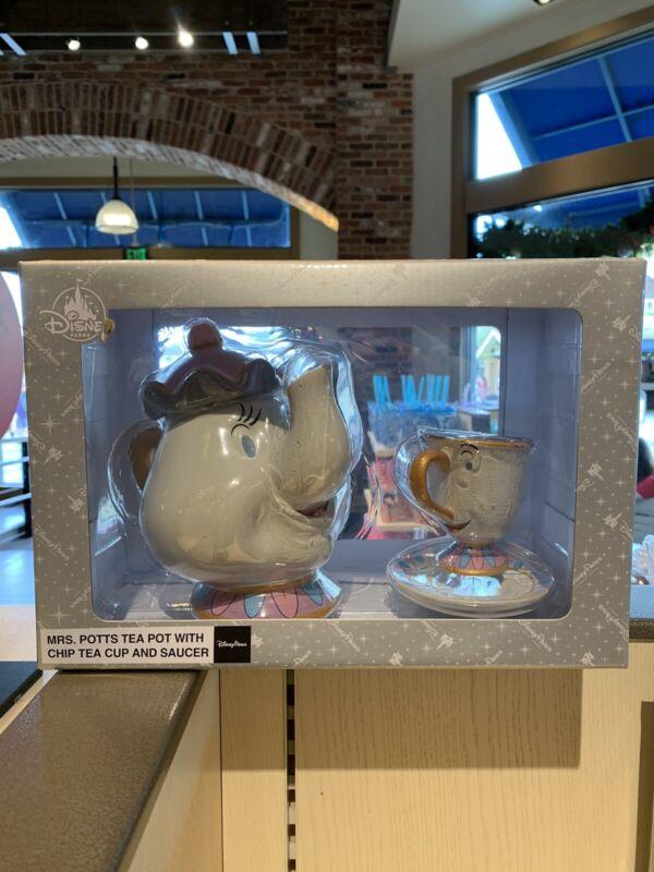 Disney Parks Beauty and the Beast Mrs. Potts Tea Pot & Chip Tea Cup Set