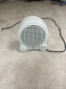 Small duo fan/Heater. Great for those cold halifax nights!