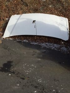 2005 chev 2500 hood and cap