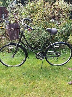 Ladies Dutch Style Ammaco Classique Bike