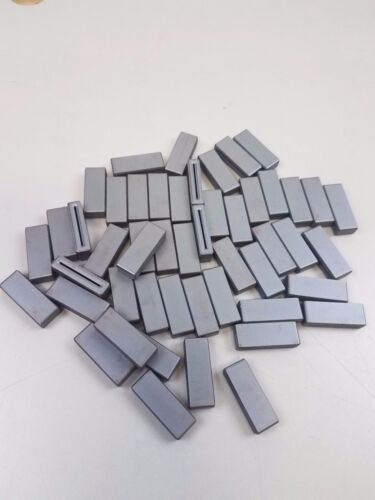 (50) Laird Technologies 28R1024-000 Solid Flat 128 Ohm Ferrite Cores