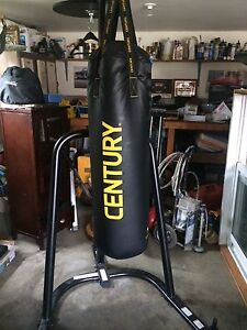 Boxing bag & stand (with gloves &training pads) 200$ obo
