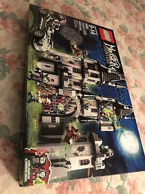 Lego Monster Fighters 9468 Vampyre Castle NEW/SEALED
