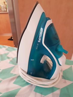 Philips Iron + Ironing Board
