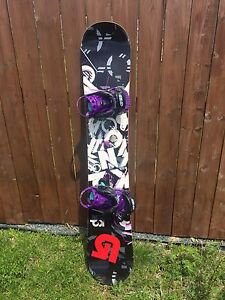 Amazing K2 snowboard & bindings & bag!